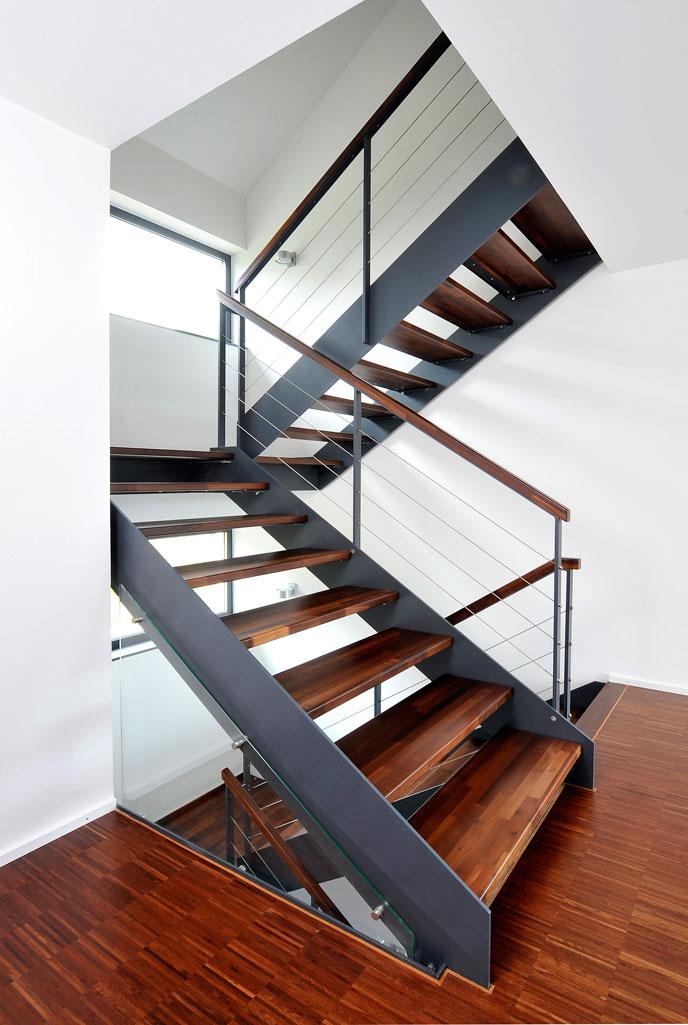 fsw 1711 frammelsberger treppenbau. Black Bedroom Furniture Sets. Home Design Ideas