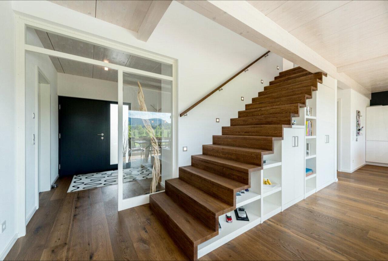 Multifunktionale Treppen Möbelstück Und Treppe Vereint